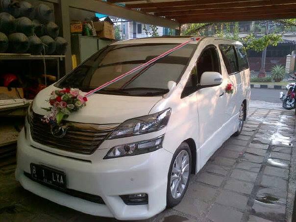 wedding-car13-toyota-vellfire
