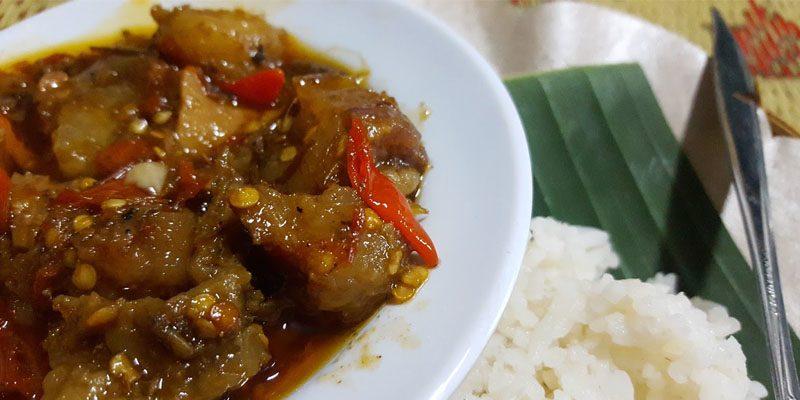 Mencicipi Oseng Mercon, Kuliner Pedas Khas Yogyakarta